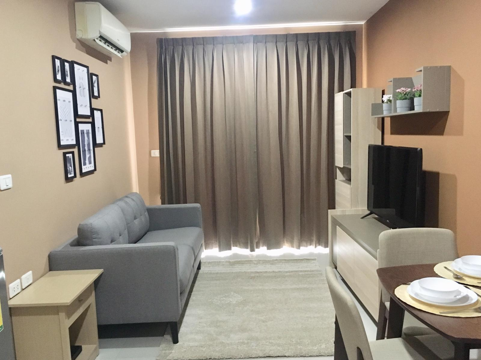 FOR RENT   1 BEDROOM  40SQM   THE MARK RATCHADA